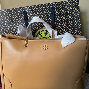 Brand new Tory Buch Large Tote